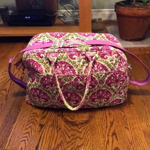 Vera Bradley duffle with removable strap